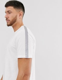 reflective t-shirt in white