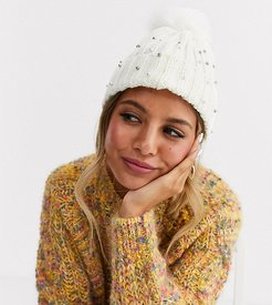 Exclusive winter white pom beanie hat with faux pearl