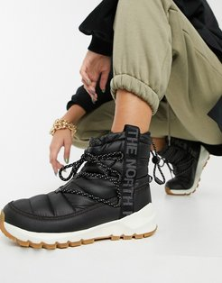 Thermoball boots in black