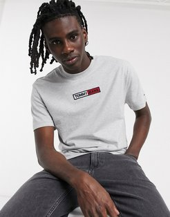 embroidered box chest logo t-shirt in gray marl