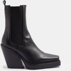Hero heeled square toe western chelsea boots in black