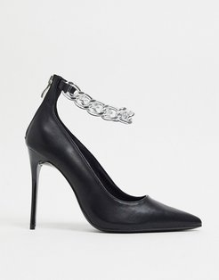 Stiletto Heeled shoe with chunky chain detail-Black