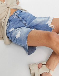 high waisted ripped longline short in mid wash-Blues