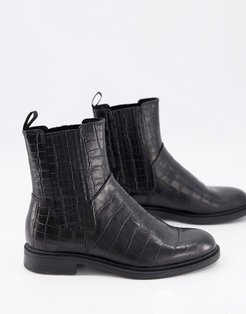 Amina Chelsea boots in black croc leather