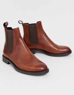 Amina chelsea boots in brown leather-Tan