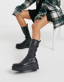 Tara flatform calf boot in black