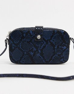 crossbody bag in tonal snake-Black