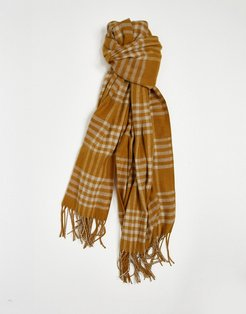 scarf with tassles in brown check