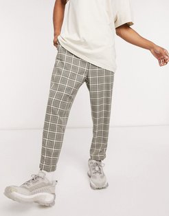 casual pants in gray check