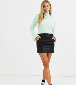 mini skirt in faux leather-Black