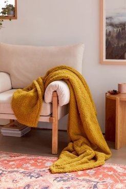 Amped Fleece Throw Blanket - Green at Urban Outfitters