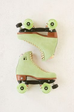 UO Exclusive Suede Roller Skates - Green 4 at Urban Outfitters