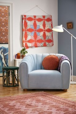 Juliette Tufted Velvet Chair - Blue at Urban Outfitters