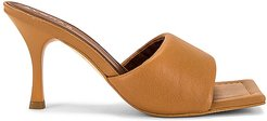 Puffy Mule in Brown. - size 35 (also in 38, 39)