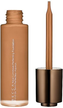 Aqua Luminous Perfecting Foundation in Dark Golden.