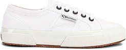 2750 COTW Contrast Sneaker in White. - size 10 (also in 6, 6.5, 7, 7.5, 8, 8.5, 9, 9.5)
