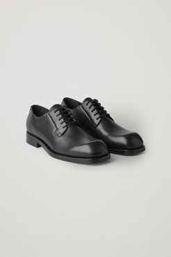 SQUARE-TOE DERBY SHOES