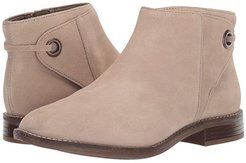 Camzin Bow (Sand Suede) Women's  Boots