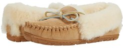 Wicked Good Moccasins (Natural) Women's Shoes