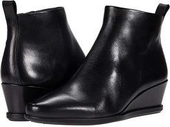 Shape 45 Wedge Ankle Boot (Black Cow Leather) Women's Shoes