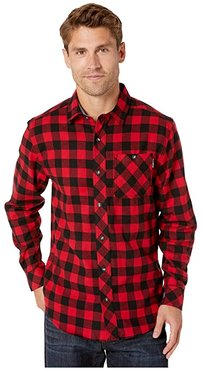 Woodfort Mid-Weight Flannel Work Shirt (Classic Red Buffalo Check) Men's Clothing