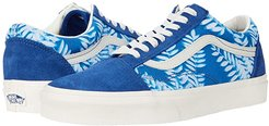 Old Skooltm ((Solar Floral) True Blue/Marshmallow) Skate Shoes