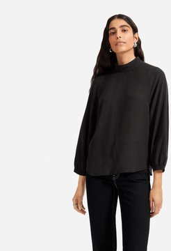 Cupro Mockneck Blouse Sweater by Everlane in Textured Coal, Size 6