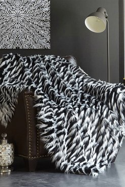 """Chic Home Bedding Levida Two-Tone Faux Fur Blanket - 50"""" x 60"""" - Black at Nordstrom Rack"""