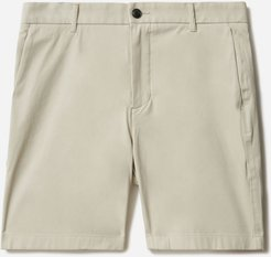 """7"""" Athletic Fit Performance Chino Short by Everlane in Stone, Size 29"""