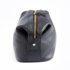 Pebbled Leather Toiletry Bag