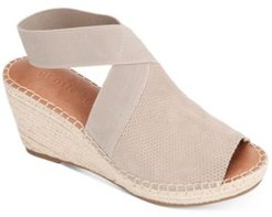 by Kenneth Cole Women's Charli Elastic Espadrille Wedge Sandals Women's Shoes