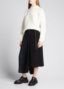 Pleated Side Suiting Bermuda Shorts