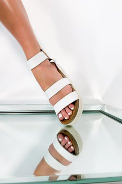Take Me On A Trip Flatform Sandal