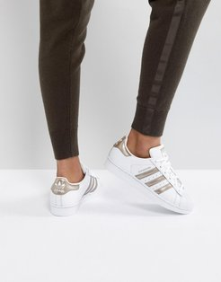 Originals Superstar Sneakers In White And Rose Gold - White