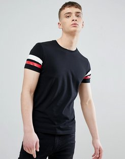 Muscle Fit T-Shirt In Black With Arm Stripe - Black