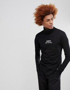 Long Sleeve T-Shirt In Black With Turtleneck And Print - Black