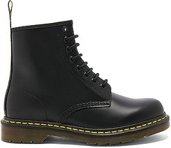 1460 8 Eye Leather Boots in Black