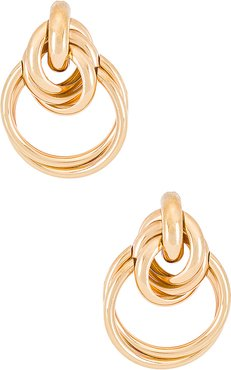 Twin Hoops in Metallic Gold.