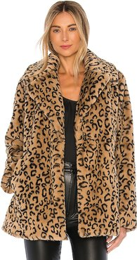 Stone Faux Fur Coat in Brown. - size S (also in L)