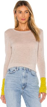 Contrast Sleeve Crew Sweater in Beige. - size M (also in L,S,XS)
