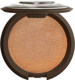 Shimmering Skin Perfector Pressed Highlighter in Chocolate Geode.