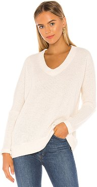 Soft Sweater Knit Pullover in Ivory. - size S (also in XS)