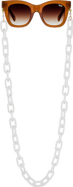 Acetate Sunny Chain in White.