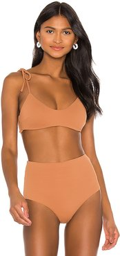 Pique Dylan Bikini Top in Brown. - size M (also in S,XS)