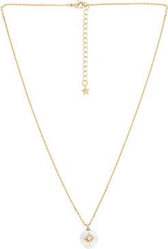 Arie Necklace in Metallic Gold.