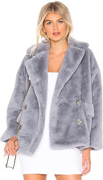 Solid Kate Faux Fur Coat in Blue. - size L (also in M)