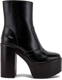 Mexique Big Platform Ankle Boot in Black. - size 10 (also in 7.5,8,8.5,9)