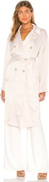 Isana Trench Coat in White. - size M/L (also in XS/S)