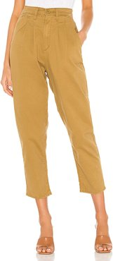 Pleated Balloon Leg in Tan. - size 31 (also in 26,28,30,32,23,24,25,27,29)