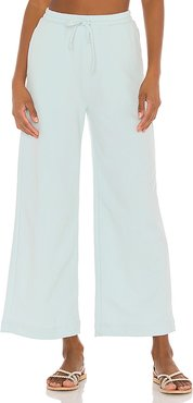 Cropped Wide Pant in Blue. - size XL (also in L,M,S,XXS)